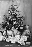 Christmas Tree and Children, REPRODUCTION NUMBER:  LC-USZ62-94299