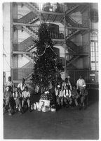Christmas Tree and People, Library of Congress, Prints & Photographs Division, [reproduction number, LC-USZ62-92401]
