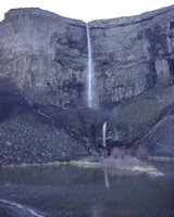 Bureau of Reclamation U.S. Department of the Interior, Spring runoff waterfall  -  Grand Coulee Dam (spilling)