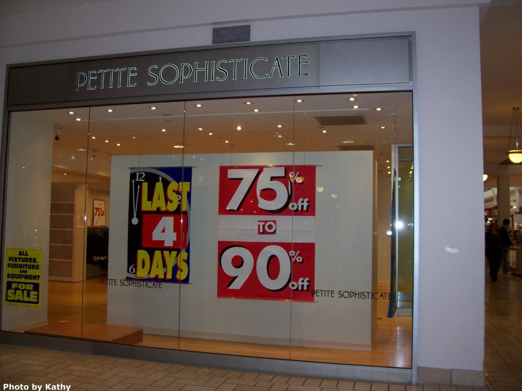 Specialty Store for Petite Women Closes