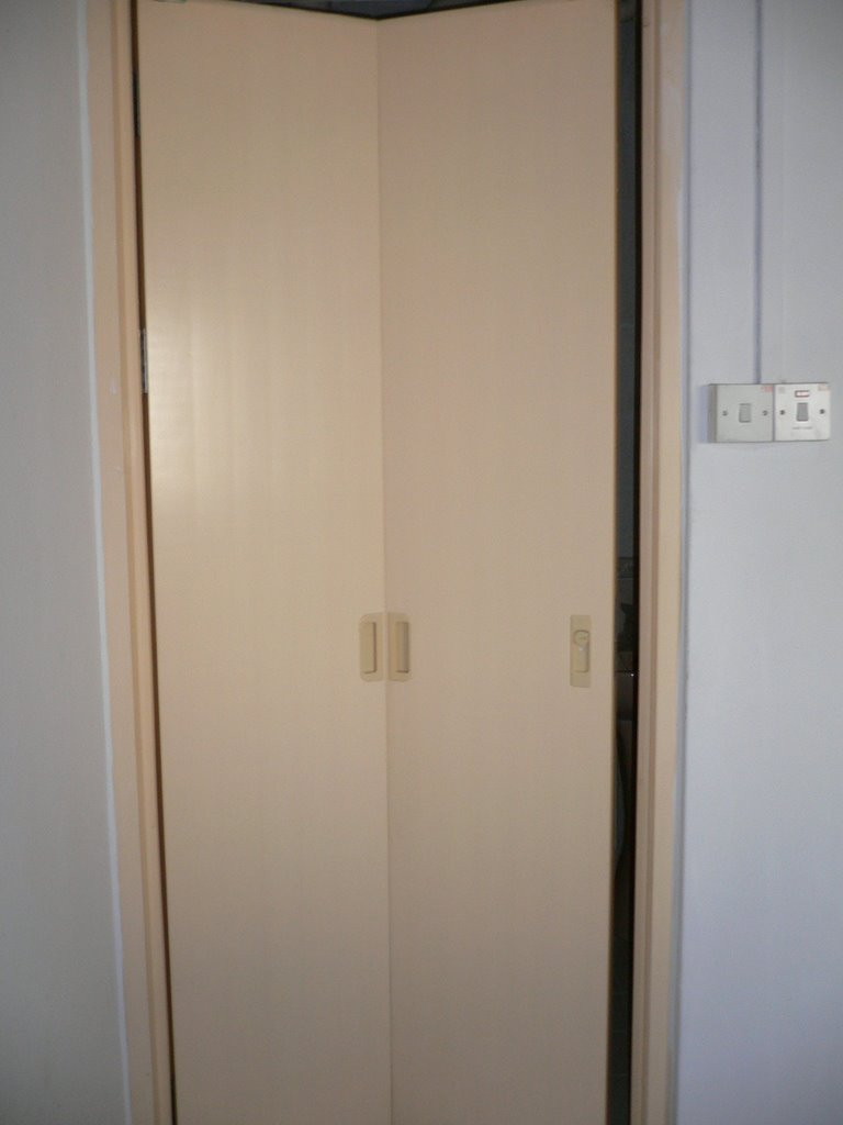 Hdb Toilet Doors Amp Discover Ideas About Toilet Door