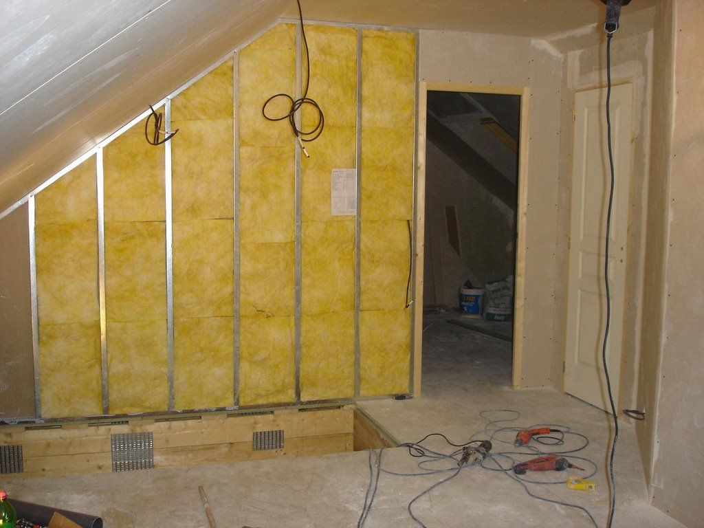 pose laine de verre 2 couches simple isolation laine de chanvre biofib combles amnageables. Black Bedroom Furniture Sets. Home Design Ideas