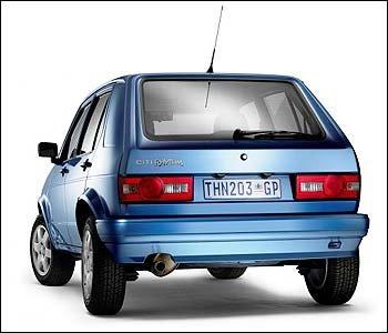 VW-City-Rhythm-rear Então você acha o Gol G4 ruim? Vai lá na Africa do Sul pra você ver...