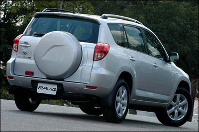 rav4_07 Novo Toyota RAV4 - R$ 134.710,00