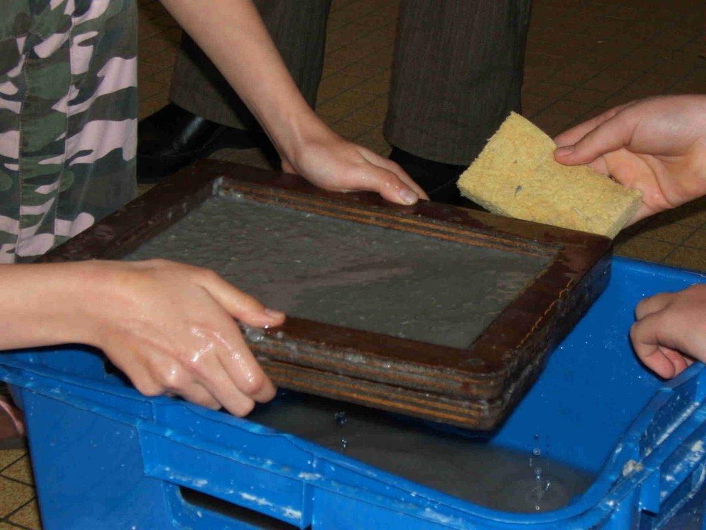 pacdechets 6eb comment fabriquer du papier recycl. Black Bedroom Furniture Sets. Home Design Ideas