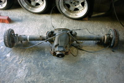 Extreme Ford Taunus project: fitting the rear axle under the