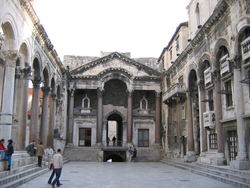 palace of diocletian - photo #27