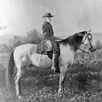 General Lee on horse