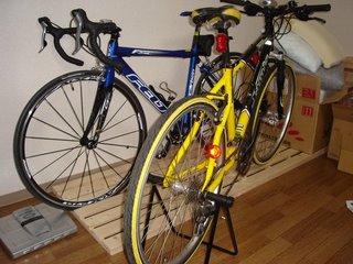 こんな自転車に乗ってます