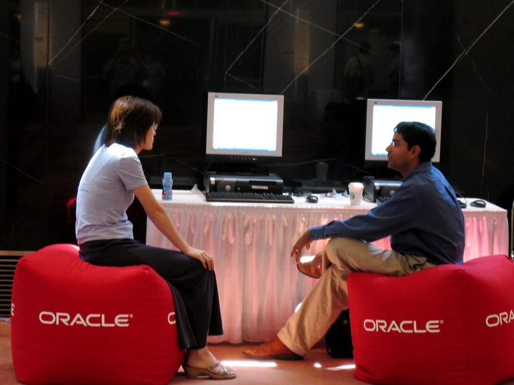 Oracle Data Mining And Analytics December 2006