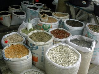 Tela market grains