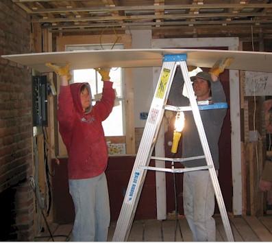 pose de placo au plafond sans leve plaque. Black Bedroom Furniture Sets. Home Design Ideas