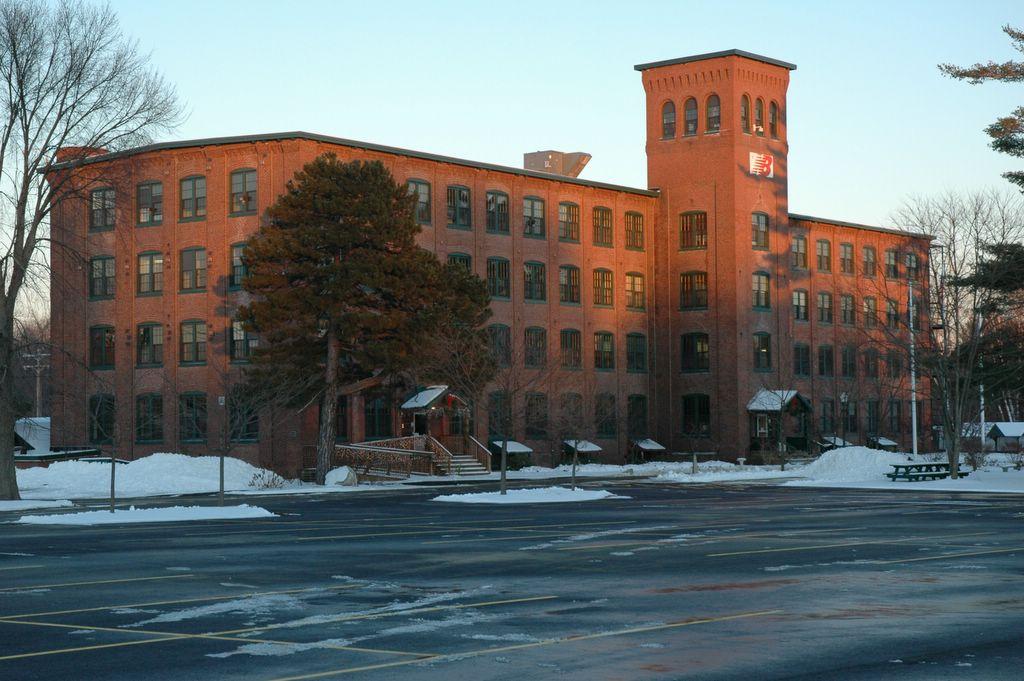 New Balance Shoe Factory Maine
