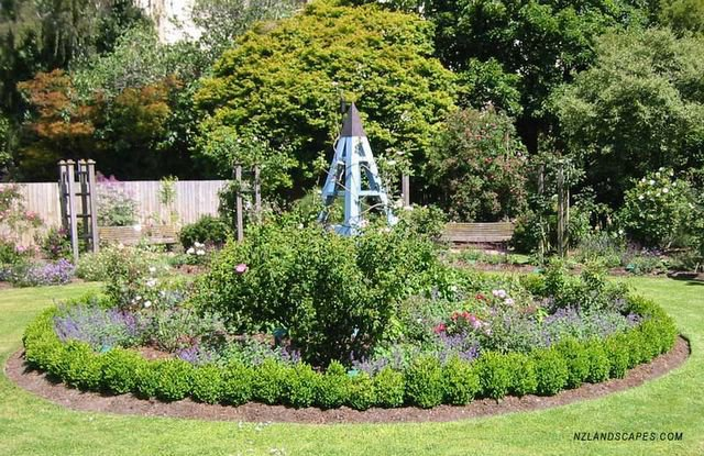 Circular Rose Bed Nz Landscaping Ideas