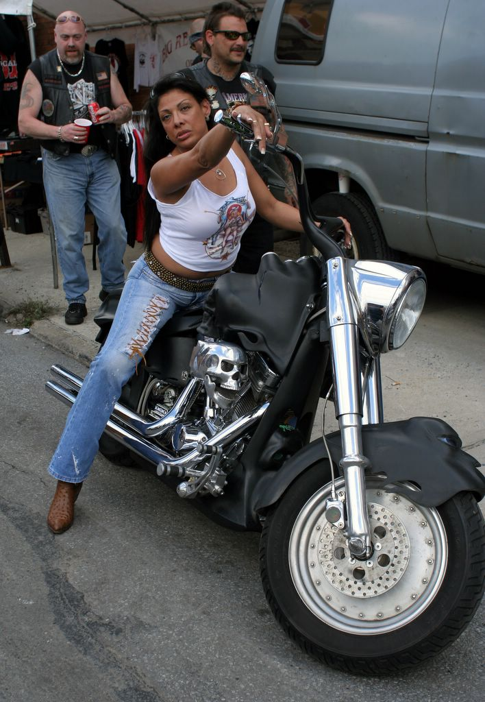 Hells Angels Riding Formation