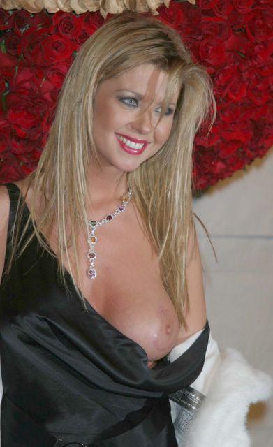 Michelle trachtenberg nude ohio clip