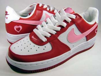 f5576b642f82 steve s blog  Crowd desiring special Valentine sneakers loses that ...