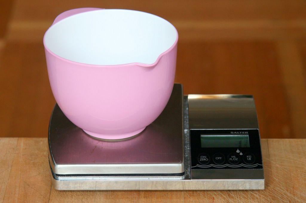 Salter Digital Kitchen Scales White