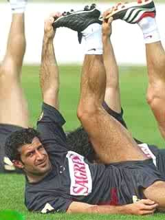 Luís Filipe Madeira Caeiro Figo was 2001 FIFA World Player of the Year