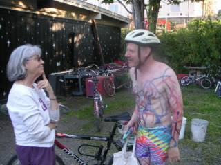 Editorials from Theslowlane: Not quite World Naked Bike