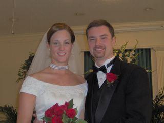 zachary bennett married - photo #17