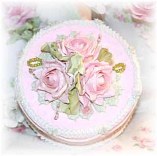 ~Beautiful Faux Cake Keepsake Boxes ~
