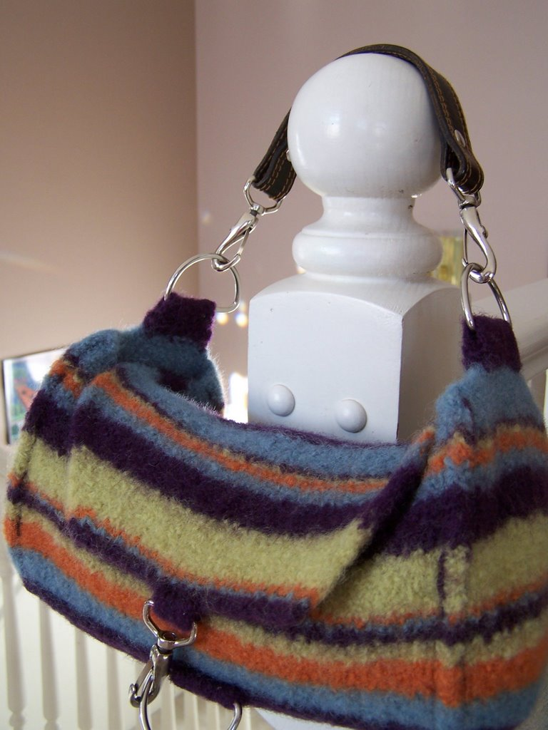 This Felted Bag Is Knit In One Piece You First The Bottom Then Pick Up Sches To Body Of Round Bind Off And Continue