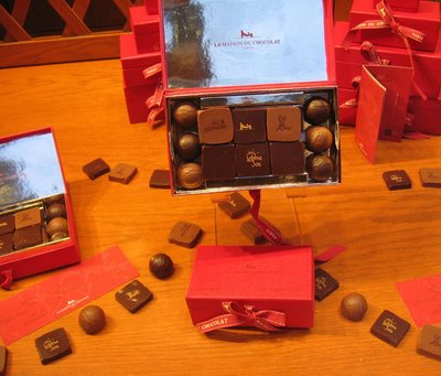 La Maison Du Chocolat Saint-Valentin window display