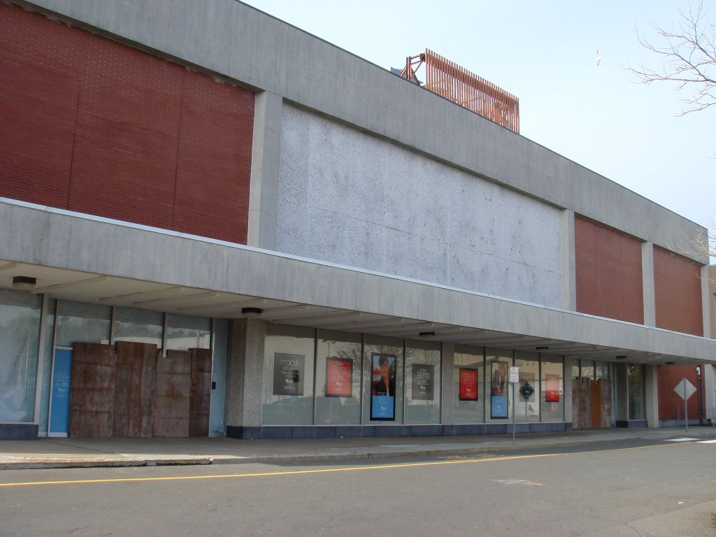 The Caldor Rainbow Westfield Shoppingtown Trumbull