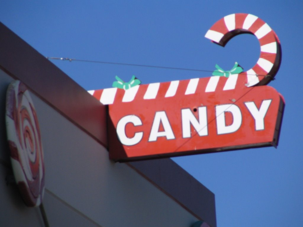 The Starnes Family: Hammond's Candy Factory