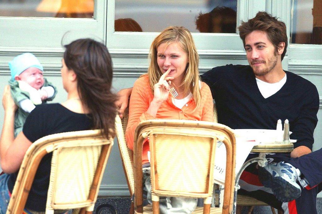 Kirsten Dunst And Jake Gyllenhaal Eating WEIRDLAND: Kirst...