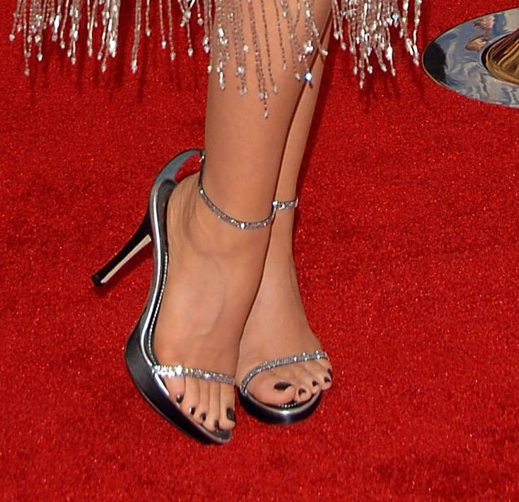 Carmen Electra Feet Pics