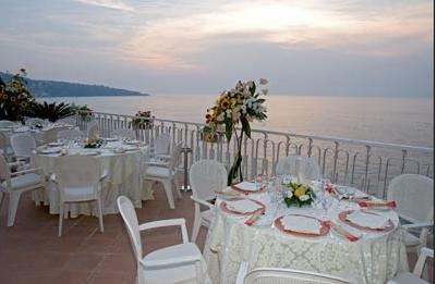 Matrimoni e ristoranti hotel corallo sorrento for Ristorante in baita vicino a me