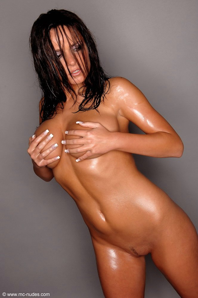 naked hot girls oiled