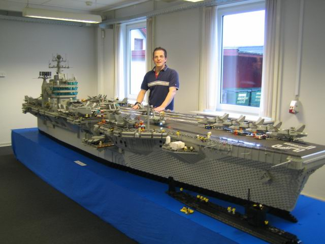 lego aircraft carrier damn cool pictures. Black Bedroom Furniture Sets. Home Design Ideas