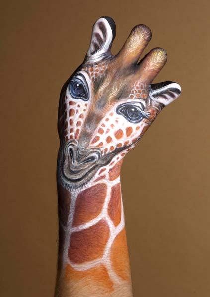 Fresh Pics: Amazing Hand Painting Art