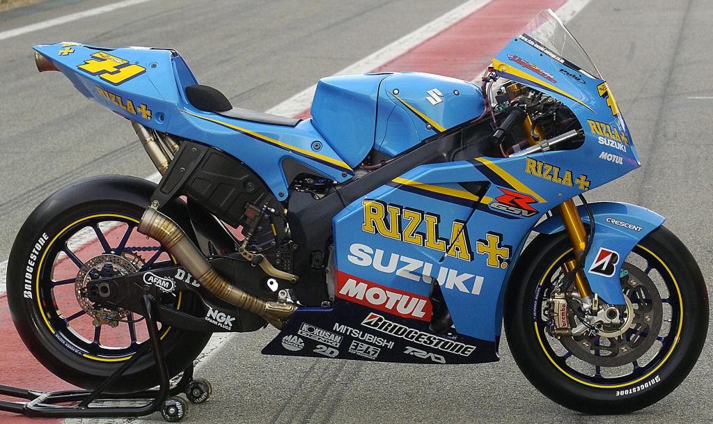 Great Riding Impression: Rizla Suzuki GSV R MotoGP Bike