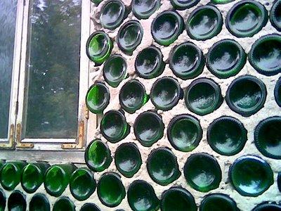 Casa hecha con botellas 2