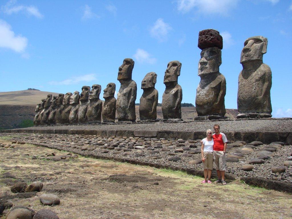 sten statuer hoveder