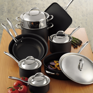 This Cookware Set Kirkland Signature 14 Piece Hard Anodized