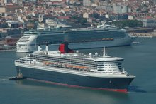 QUEEN MARY 2 and NAVIGATOR of the SEAS